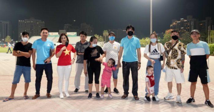 """Nhiều cổ động viên Việt Nam tại UAE sẵn sàng đến sân """"tiếp lửa"""" cho thầy trò HLV Park Hang-seo (ảnh: internet)."""